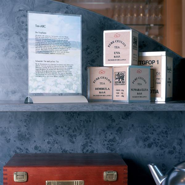Настольная подставка для рекламных материалов А5 DURABLE Presenter, вертикальная, двусторонняя, прозрачная, 8588/19